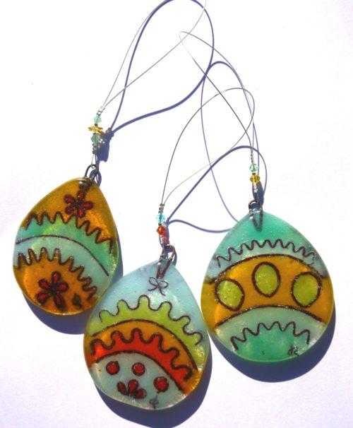 Colourful Easter egg (J)
